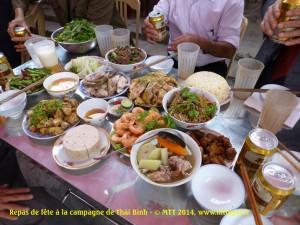 Bữa cơm ngày giỗ ở làng quê Thái Bình