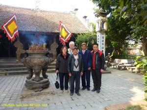 Đền thờ Thần tổ họ Vũ/Võ ở làng Mộ Trạch - Photo: MTT 2014