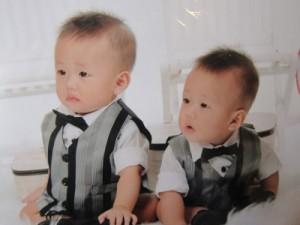 Hai con trai của Nguyễn Phước Quý Khang, cháu đích tôn và chắt của vua Bảo Đại. Ảnh: gia đình Bảo Ân