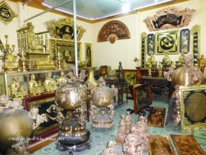 Cửa hàng trưng bày sản phẩm đồ đồng Đồng Xâm - Thái Bình