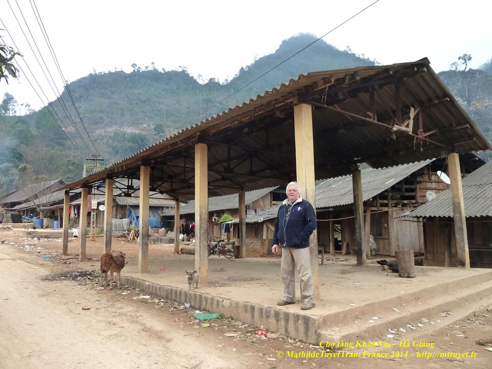 Khung chợ làng Khâu Vai, Hà Giang. Photo: MathildeTuyetTran, France 2014