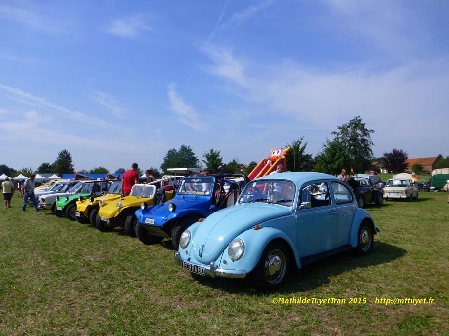 Một hàng xe Käfer (Con bọ) đủ mầu sắc và tuổi tác - Photo: MTT2015